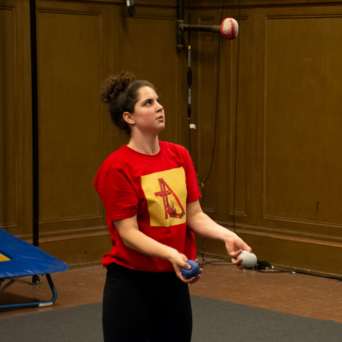 San Francisco Youth Circus student rehearsing for her juggling act | Circus Center