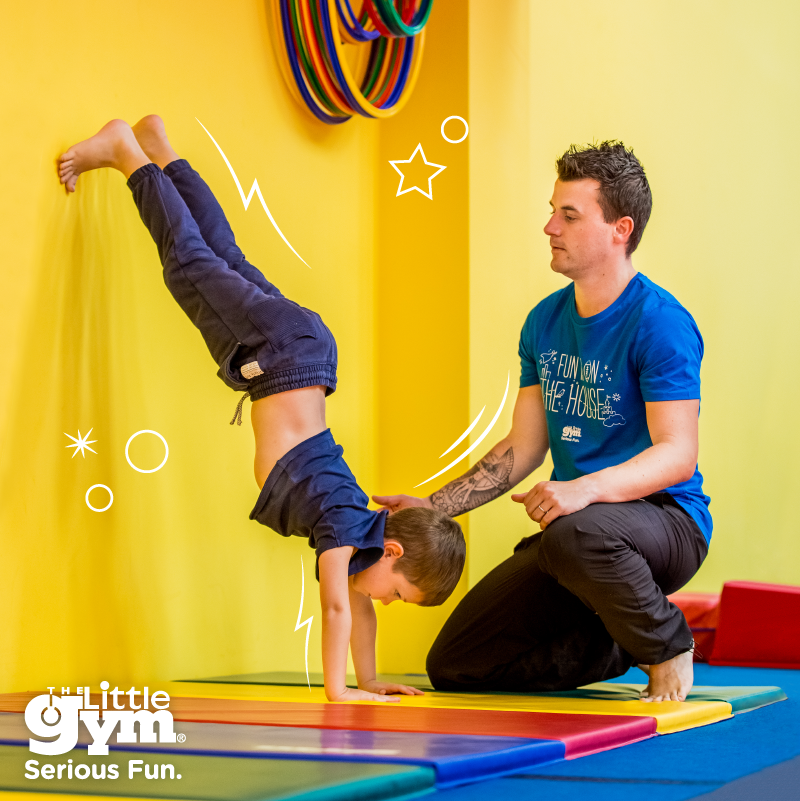 TLG_Facebook_Post_Instructor_Boy_Handstand_PrimarySchool_800x800